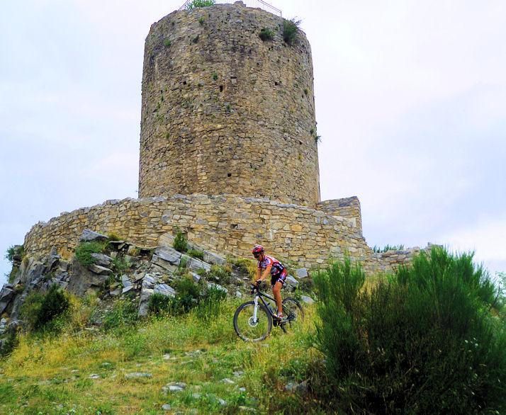 Vtt à la tour du Mir
