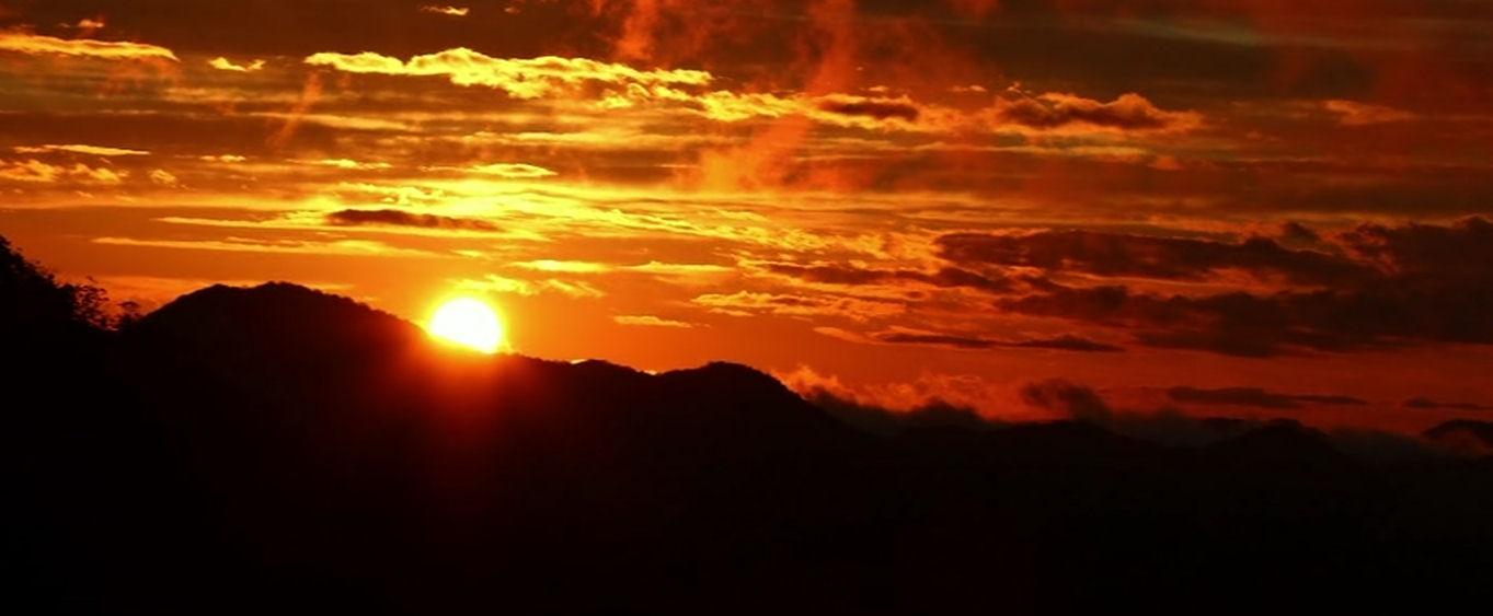 Levé de Soleil - Gites Ruraux La Costa de Dalt - Gîtes de France